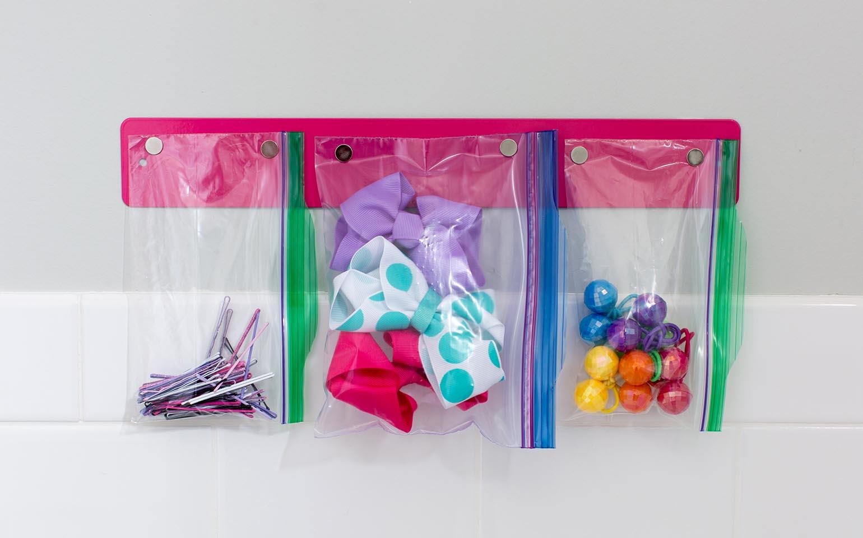 ziploc solutions de rangement pour la salle de bains marque ziploc sc johnson. Black Bedroom Furniture Sets. Home Design Ideas
