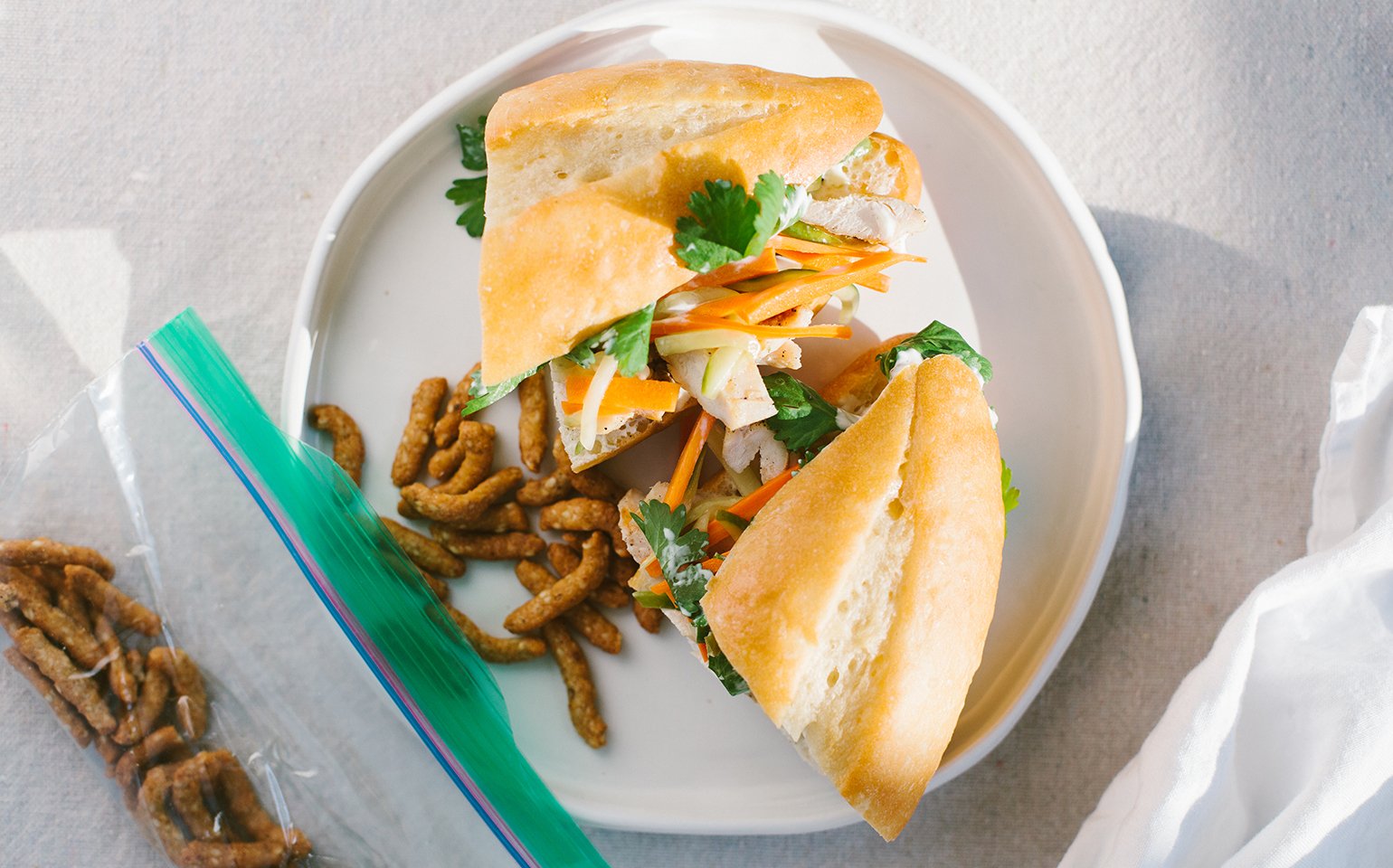 Ziploc 174 Grilled Chicken Banh Mi With Pickled Jalapeno